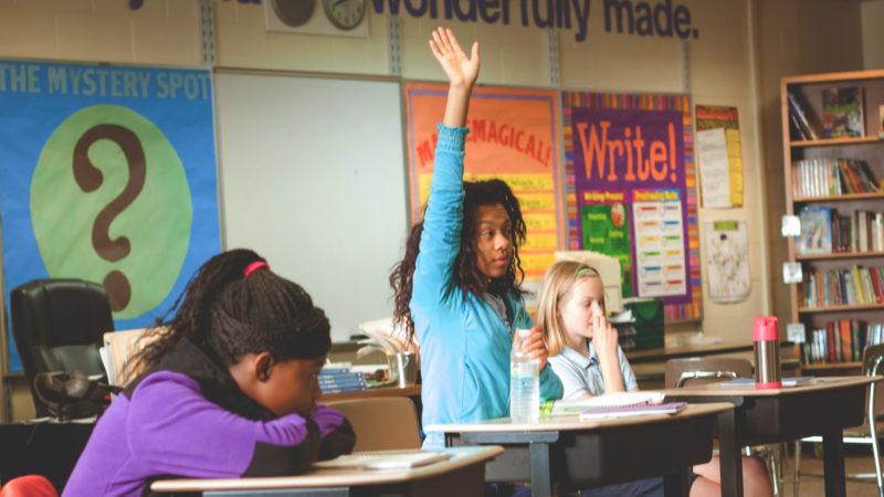 raising-hands-in-class