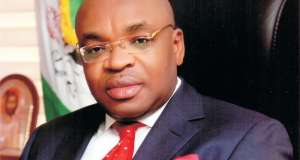 Akwa Ibom Governor donates 200 million to renovate barracks