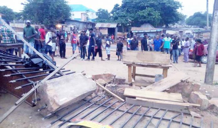 Land ownership controversy causes chaos in Agbor community market