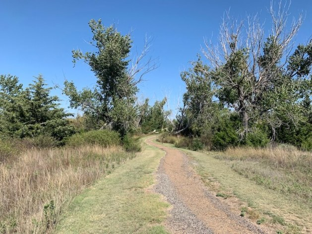 hiking trails in kansas