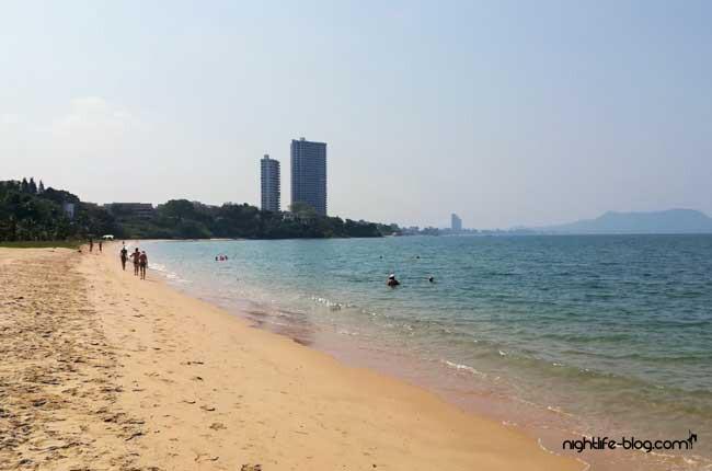 Ban Amphur Strand