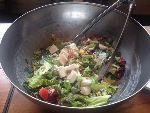 筋肉食堂ささみサラダ