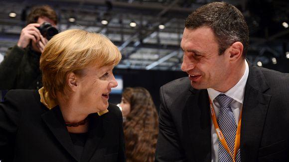 Klitschko-Merkel-540x304
