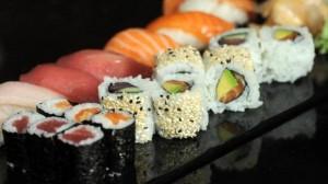 wein-zu-sushi--sojasosse-und-wasabi-machen-es-kompliziert-image_580x325