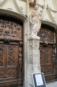 Doors of Avignon