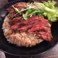 Maigo in Japan: kushikatsu, kobe beef and kamaboko