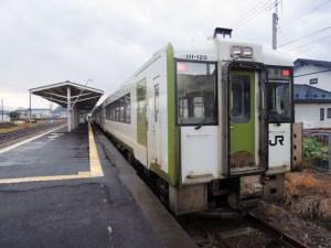 花輪線の名物駅、十和田南駅で方向転換