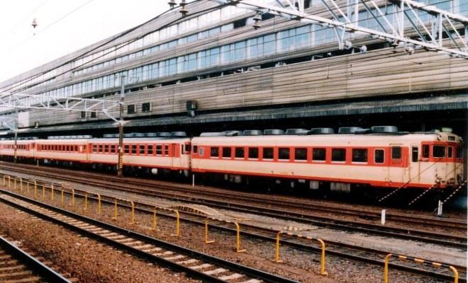 急行紀ノ川号・京都駅