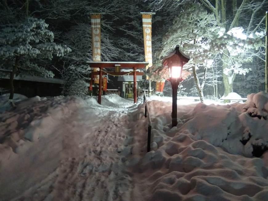 torii-sous-la-neige