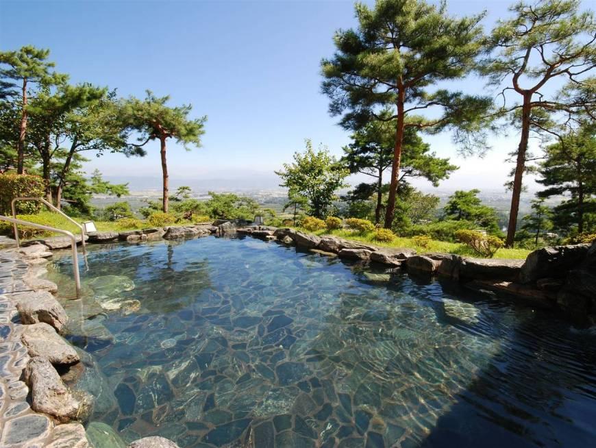 fine-view-muroyama-onsen-azumino