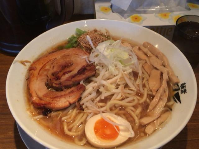 新潟市江南区にある風天でこがし正油らーめん食べた