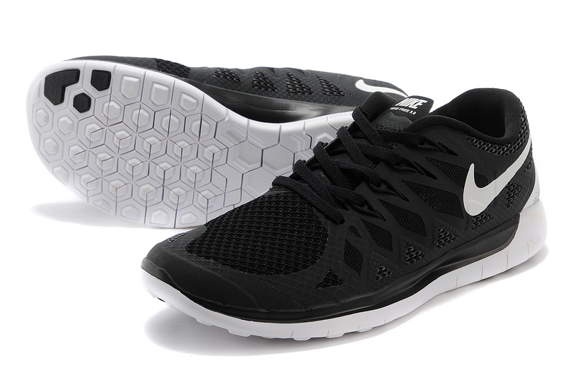 Nike Womens Free 5.0 Black White