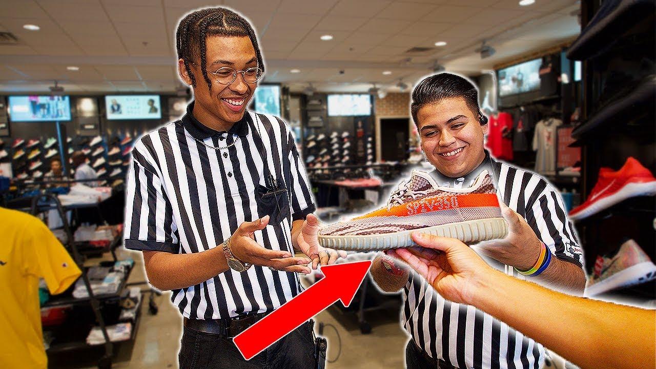GIVING FAKE YEEZYS TO FOOTLOCKER EMPLOYEES - GIVING FAKE YEEZYS TO FOOTLOCKER EMPLOYEES!