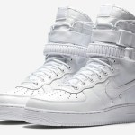 "『直リンク』12月8日発売 NIKE Special Field AIR FORCE 1 ""Tripre White"""
