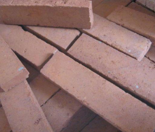 Produk batu bata tempel dan batu bata ekspos