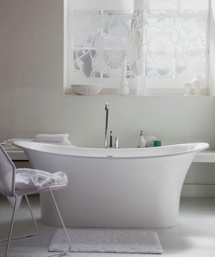 Memilih Material Ubin Kamar Mandi - contoh desain kamar mandi - Calm Waters