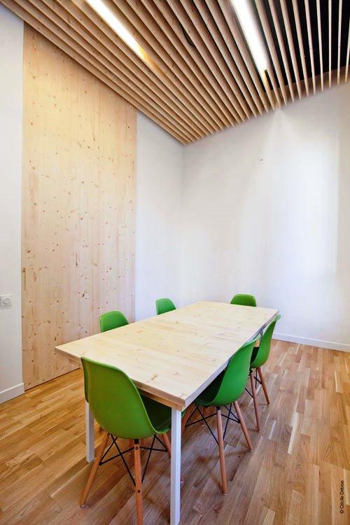Kontraktor Karawang Jasa Perawatan Gedung dan Kantor - Clean modern office - michael menuet-4