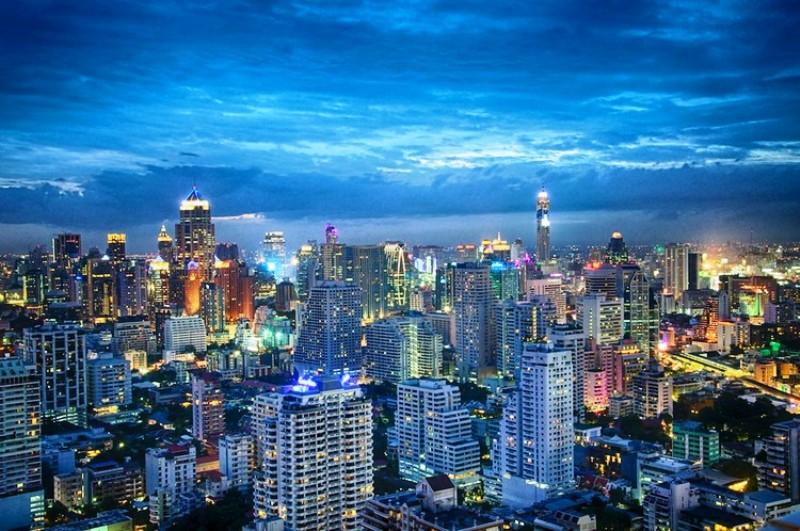 10 Kota dengan Gedung Pencakar Langit Paling Berdampak - Bangkok_Eustaquio_Santimano