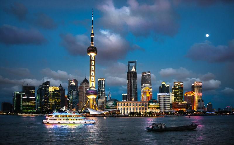 Gedung tinggi mengotori lingkungan,  Shanghai_Bernd_Thaller