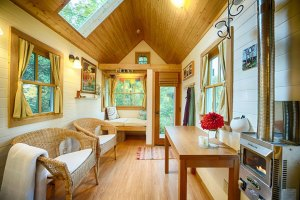 Astonishing Pictures of Houses That Smaller Than Bedroom