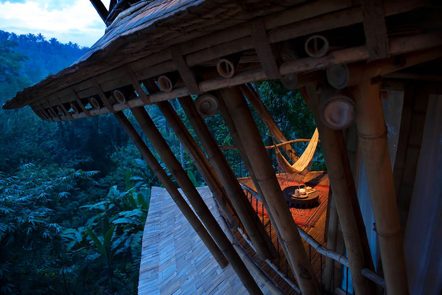 Amazing Pictures of a Bamboo House in Bali