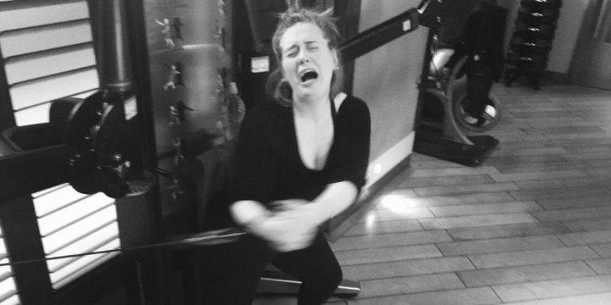 landscape-1452177861-showbiz-adele-in-the-gym