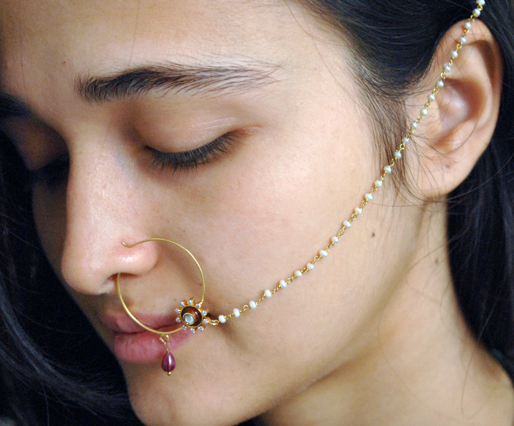 What size of nose ring do I prefer it? | Nikita Jewellers Pvt. Ltd.
