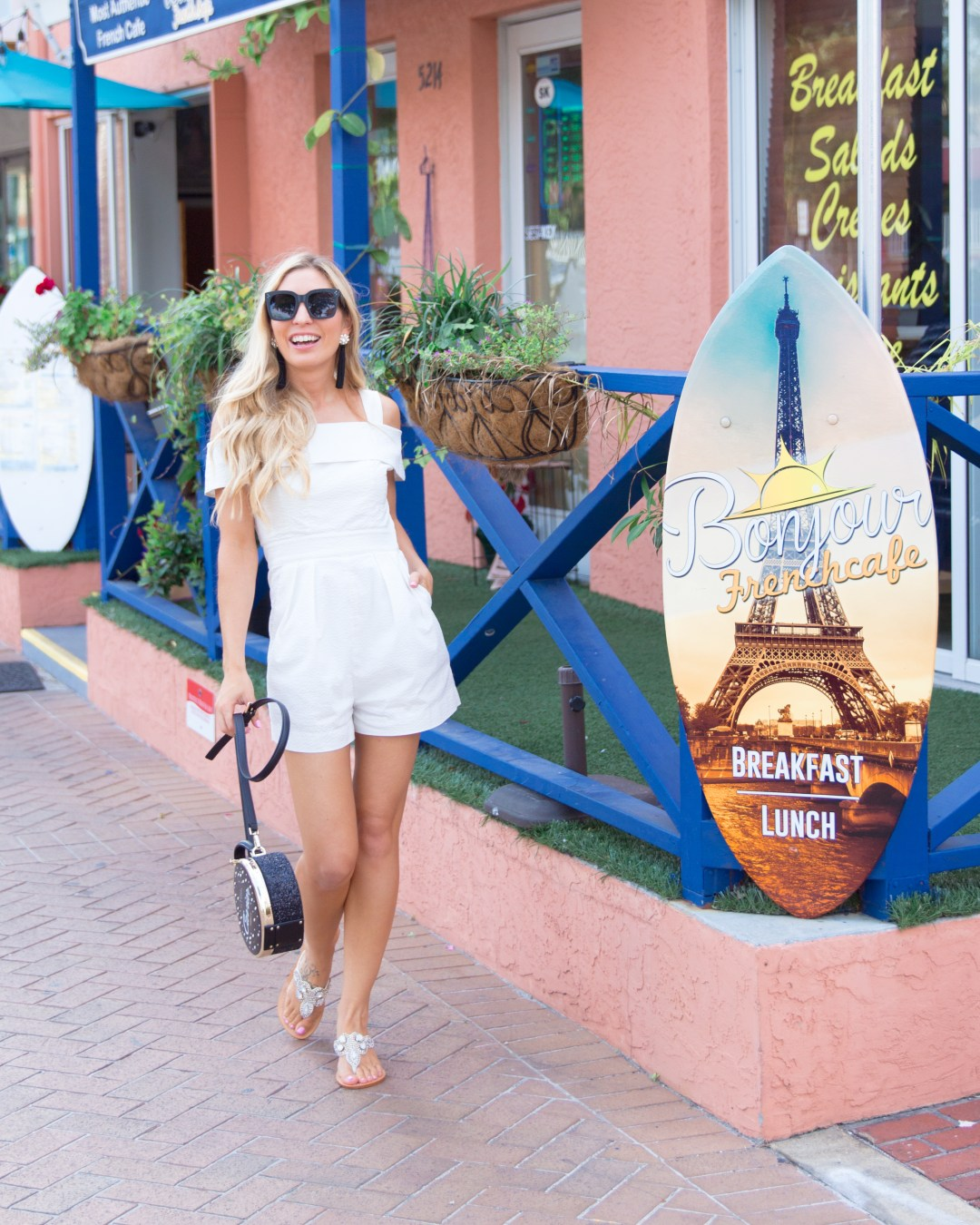 PASHA SANDALS BY THE SEA