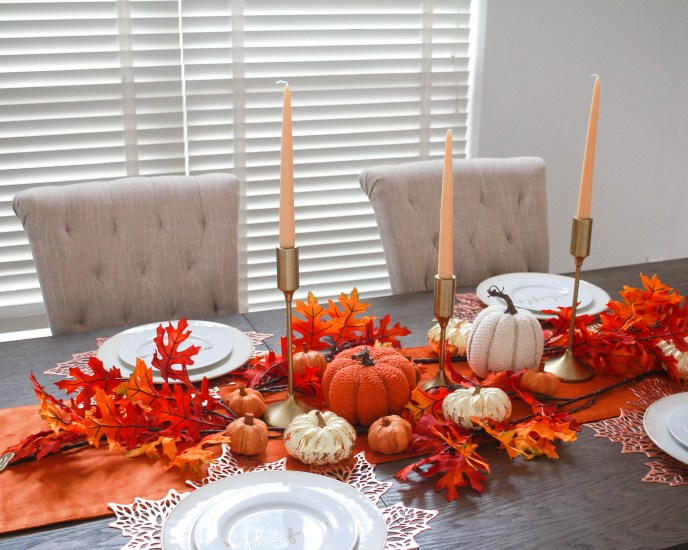 BEAUTIFUL FALL TABLE DECOR