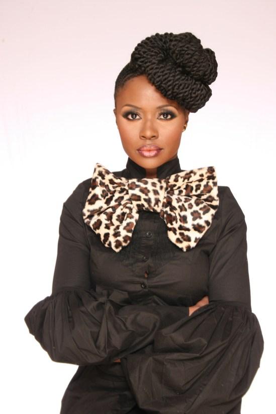 Mainstream Style x Nikki Billie Jean 1