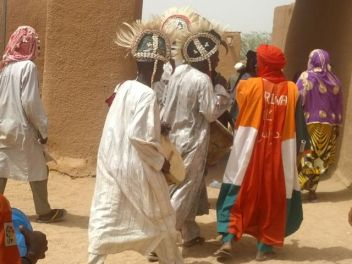 Traditional musicians at wedding at Sultan's palace in Agadez
