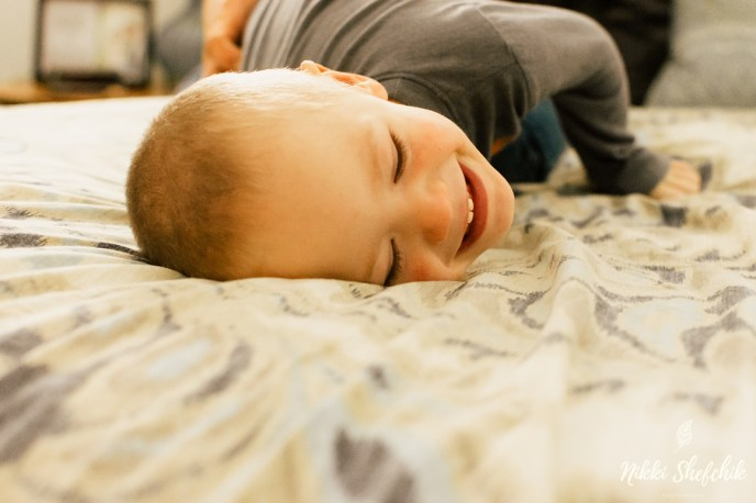 In home family photography session by Nikki Shefchik Photography