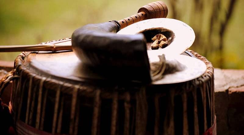প্রাসংগিক চিন্তা: হেঁপাহৰ বিহুটি আজি কোন দিশে
