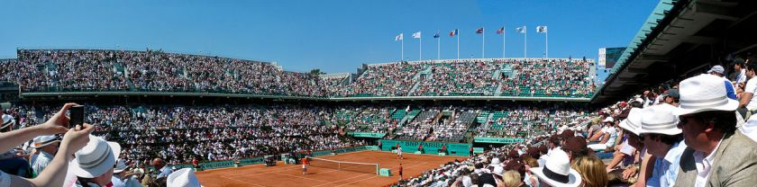 1280px-court_philippe_chatrier_-_1er_tour_de_roland_garros_2010_-_tennis_french_open