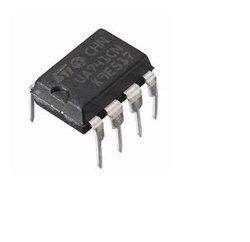 741 IC (OP Amp)