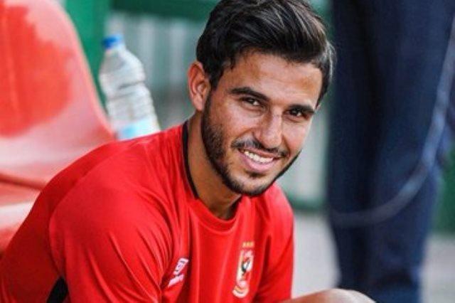 «القلعة الحمراء» تمنح لاعب الوسط إجازة بسبب «كورونا»