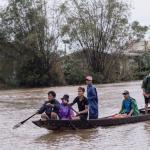 «فيتنام» تغرق في الفيضان.. «الأمم المتحدة»: 130 ألف منزل تحت الماء