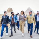 «صور» | مينا مسعود سفير مبادرة «اتكلم عربي» يزور الأهرامات وأبو الهول