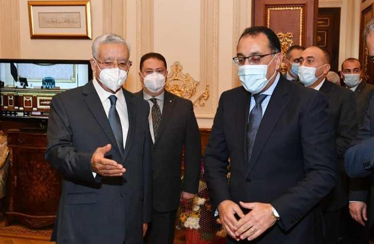 «رئيس الوزراء» يهنيء حنفي جبالي برئاسة مجلس «النواب»
