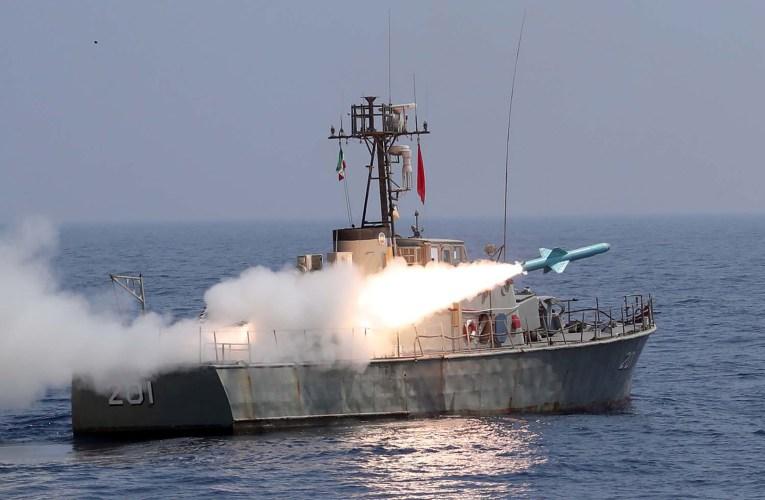 «لتعزيز أمن التجارة البحرية في المنطقة».. تدريبات بحرية بين إيران وروسيا في المحيط الهندي