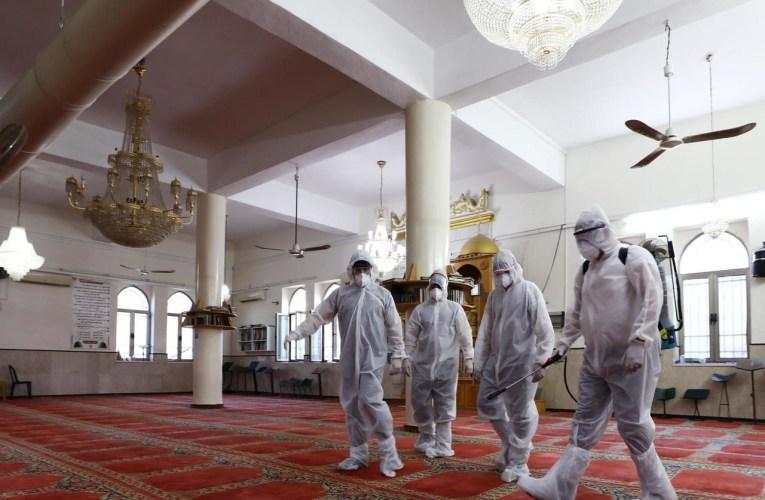 إغلاق 29 مسجداً في السعودية بسبب فيروس كورونا