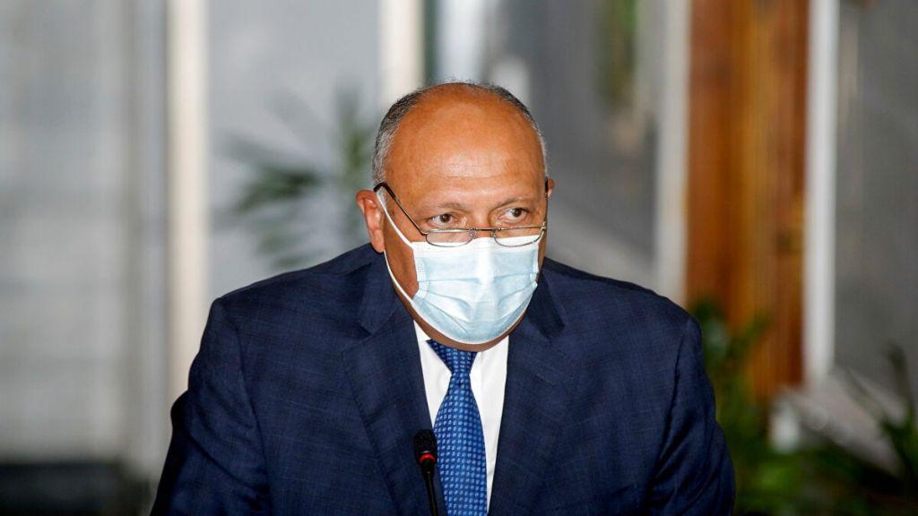 وزير الخارجية يجري مباحثات مع نظيره القطري بالدوحة