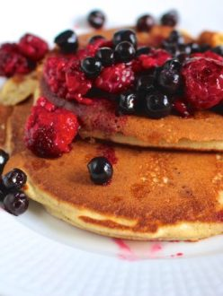 Fluffiga frukostpannkakor med havre och mandel (glutenfritt, mjölkfritt)