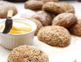 Glutenfria fullkonrsfrallor / glutenfritt fullkornsbröd