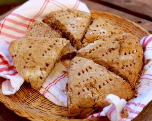 Naturligt glutenfria fullkornsscones scones