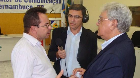 Com Anchieta Santos e Cléo Nicéas - Pres. Asserpe - Comissão Parlamentar - 2 de dezembro de 2011