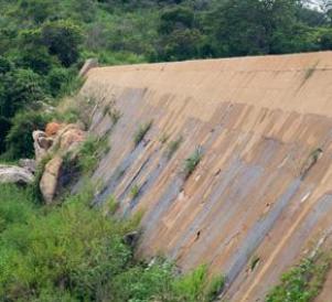 Barragem deve voltar a abastecer Jabitacá, mas precisa de reparo em parede