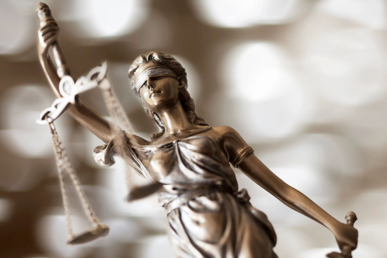 blind-justice-scale