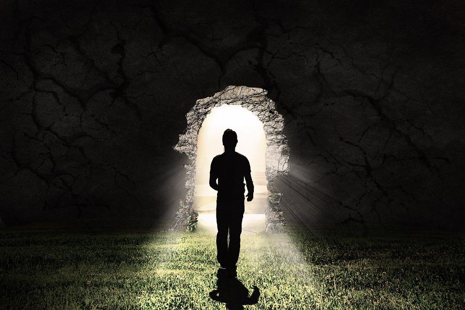 Tarot semanal: Questionamentos entre sombras e luzes – 13 a 19 de junho