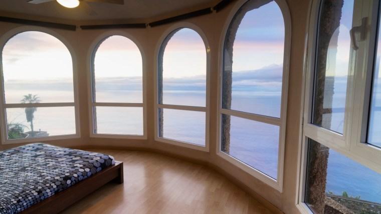 Spektakuläre Villa in erster Meereslinie in El Sauzal.